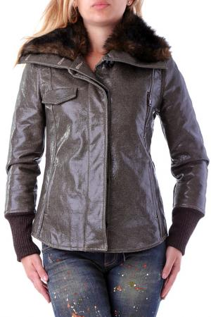 Куртка Sexy Woman. Цвет: коричневый
