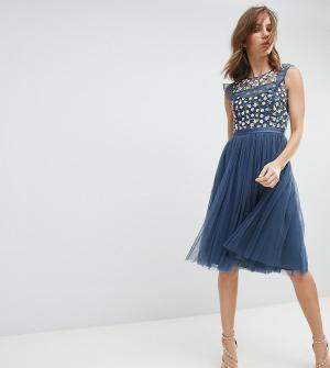 Needle & Thread Платье миди с вышивкой и юбкой из тюля. Цвет: синий