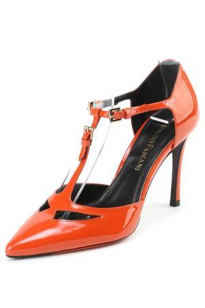 Босоножки Giorgio Fabiani. Цвет: оранжевый