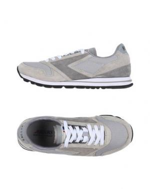 Низкие кеды и кроссовки BROOKS. Цвет: светло-серый