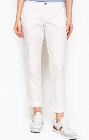 Белые брюки чиносы из хлопка Tommy Hilfiger. Цвет: белый