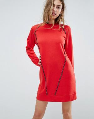 ASOS Трикотажное оверсайз-платье с цепочкой. Цвет: красный