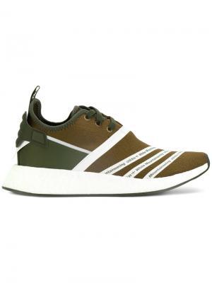 Кроссовки с панельным дизайном Adidas By White Mountaineering. Цвет: зелёный