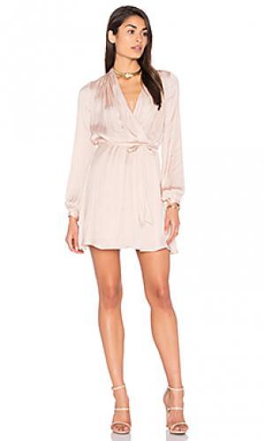 Платье с запахом mirandra Bardot. Цвет: румянец