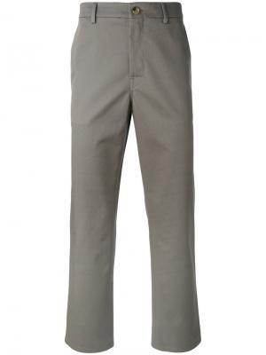 Классические брюки-чинос Golden Goose Deluxe Brand. Цвет: серый