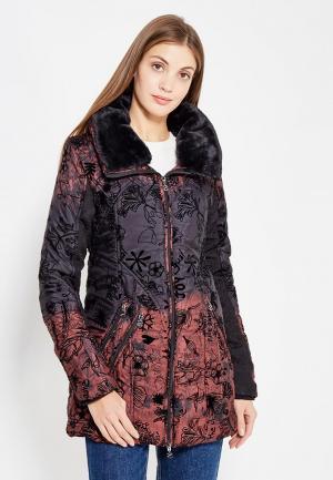 Куртка утепленная Desigual. Цвет: разноцветный