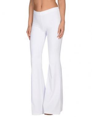 Пляжные брюки и шорты FISICO. Цвет: белый