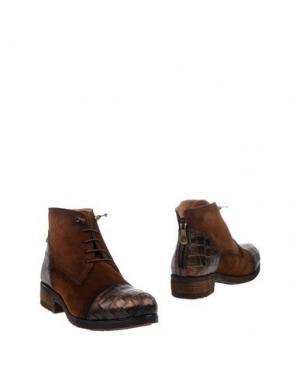 Полусапоги и высокие ботинки KANNA. Цвет: коричневый