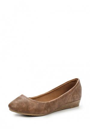 Туфли Pezzano. Цвет: коричневый