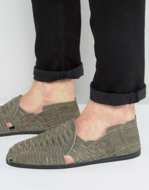 ASOS Плетеные сандалии из серой замши. Цвет: серый