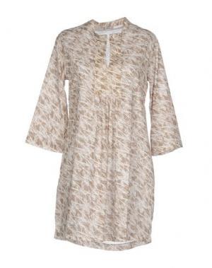 Короткое платье PYAAR. Цвет: хаки