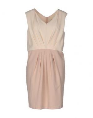 Короткое платье BONSUI. Цвет: бежевый