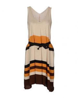 Короткое платье TUA NUA. Цвет: слоновая кость