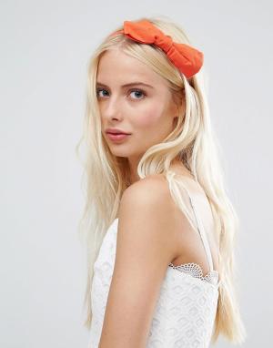 Johnny Loves Rosie Оранжевый обруч для волос с бантом. Цвет: оранжевый