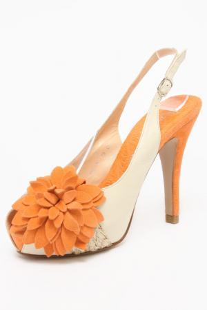 Туфли открытые REBECA SANVER. Цвет: бежевый