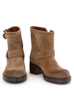 Ботинки Elena. Цвет: коричневый