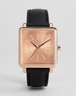 Nixon Часы с черным кожаным ремешком K Squared. Цвет: черный