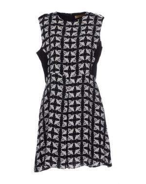 Короткое платье ANA PIRES. Цвет: черный