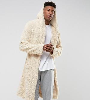 ASOS Пушистый халат с капюшоном TALL. Цвет: бежевый