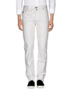 Джинсовые брюки LUIGI BORRELLI NAPOLI. Цвет: белый