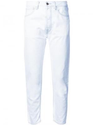 Классические укороченные джинсы Bassike. Цвет: синий
