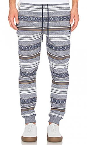 Свободные брюки breakneck Staple. Цвет: синий