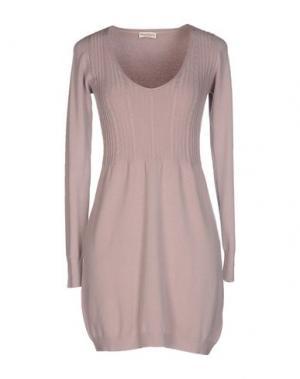 Короткое платье CASHMERE COMPANY. Цвет: светло-коричневый