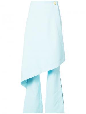 Расклешенные многослойные брюки Solace London. Цвет: синий