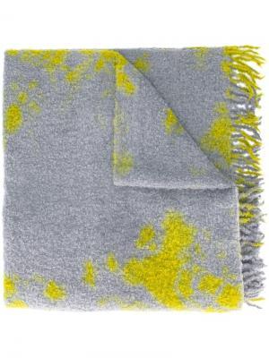 Шарф с абстрактным рисунком Suzusan. Цвет: зелёный