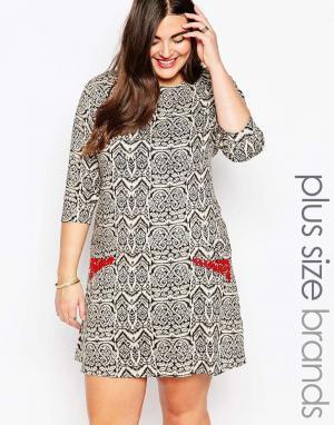 Diya Цельнокройное платье с рукавами 3/4 и отделкой на карманах Plus. Цвет: черный