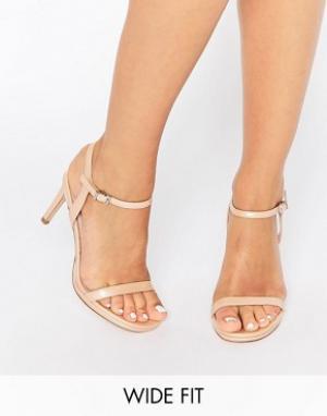 Faith Wide Fit Телесные широкие легкие сандалии на каблуке Dolly. Цвет: бежевый