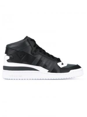 Кеды Forum Mid Adidas By White Mountaineering. Цвет: чёрный