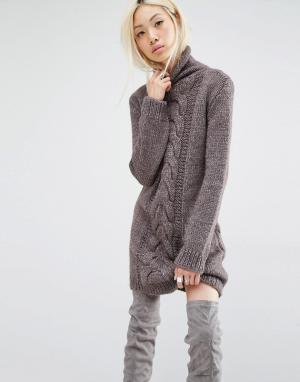 Oneon Платье-джемпер ручной вязки с узором косичка. Цвет: коричневый