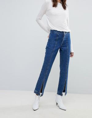 Gestuz Широкие джинсы с пуговицами по краю. Цвет: синий