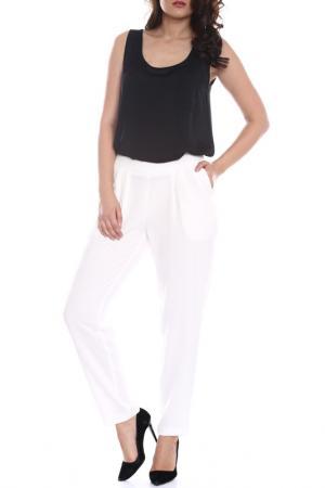 Брюки Emma Monti. Цвет: white