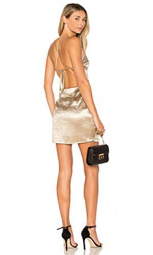 Мини платье с перекрестными шлейками сзади astrid by the way.. Цвет: золотой