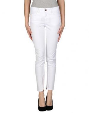 Джинсовые брюки SLY010. Цвет: белый