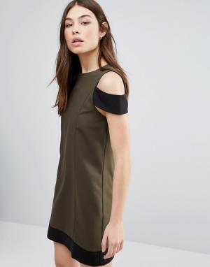 Hedonia Цельнокройное платье. Цвет: зеленый