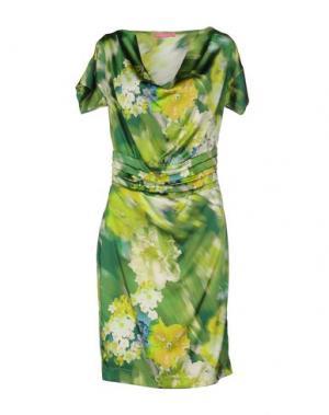 Платье до колена FRANCESCA FERRANTE. Цвет: зеленый