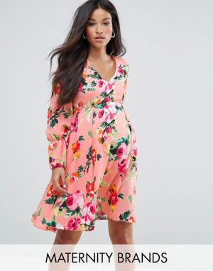 Queen Bee Чайное платье с цветочным принтом и длинными рукавами Matern. Цвет: розовый