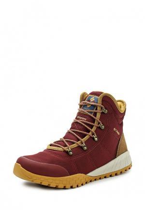 Ботинки Columbia. Цвет: бордовый
