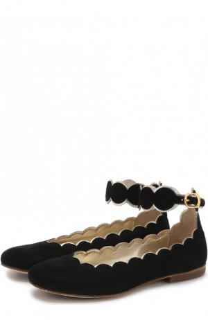 Замшевые балетки с фигурным вырезом и ремешком на щиколотке Gallucci. Цвет: черный