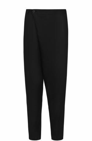 Льняные брюки свободного кроя с заниженной линией шага Isabel Benenato. Цвет: черный