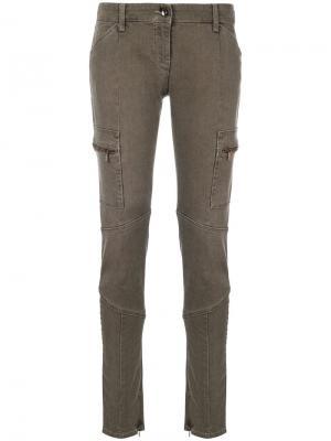Зауженные джинсы карго Armani Jeans. Цвет: коричневый