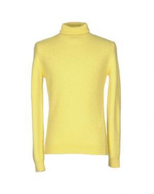 Водолазки MSGM. Цвет: желтый