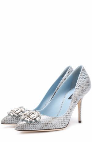Кожаные туфли Bellucci с тиснением и брошью Dolce & Gabbana. Цвет: голубой