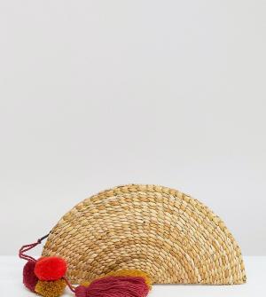 Glamorous Соломенный клатч с кисточкой. Цвет: бежевый