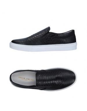 Низкие кеды и кроссовки BRIAN DALES. Цвет: черный