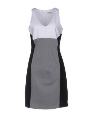 Короткое платье ALPHA STUDIO. Цвет: серый