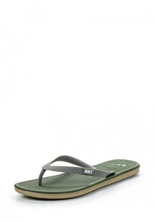 Сланцы Nike. Цвет: зеленый